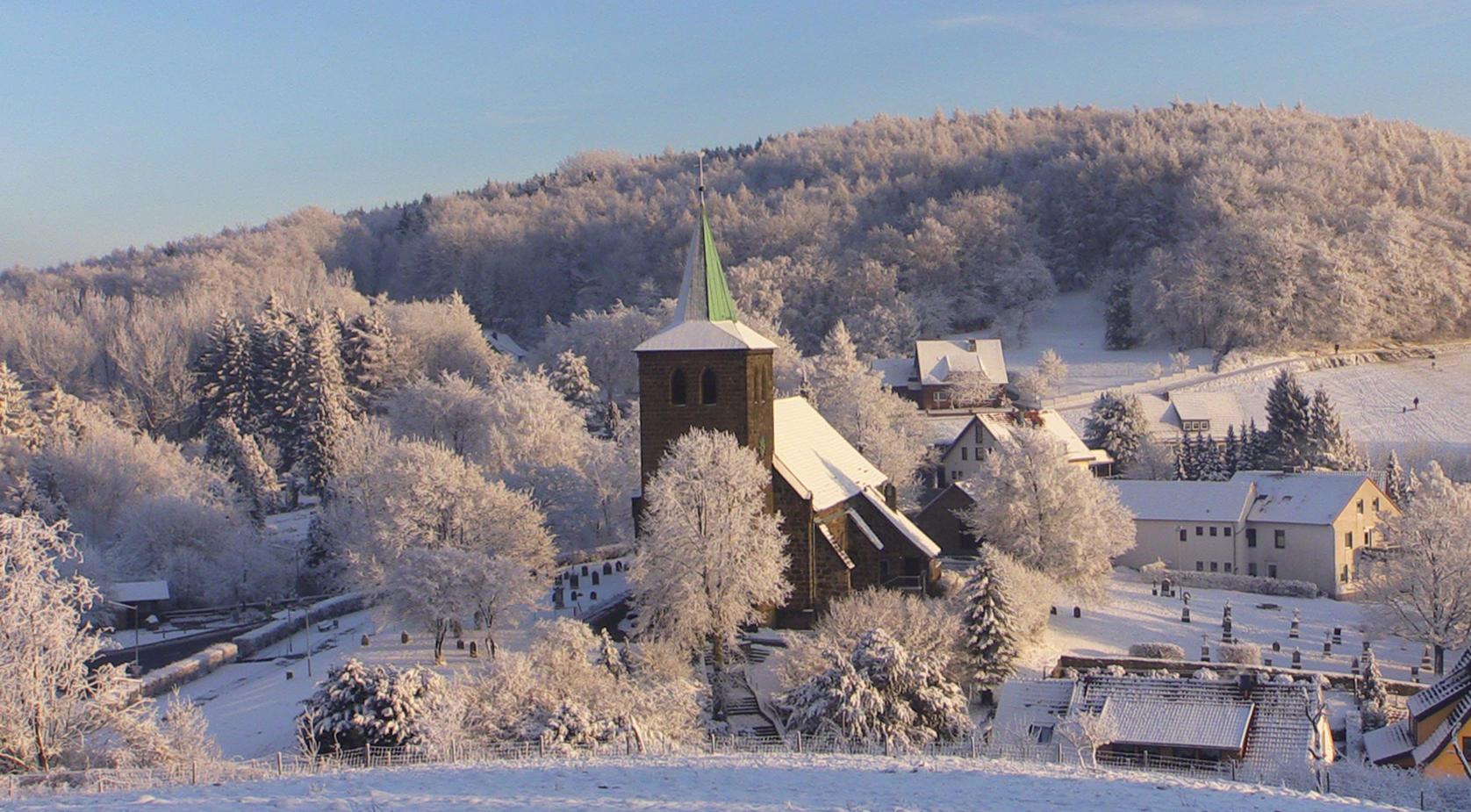 Winter-Bergkirchen_4256-blvg-1700on